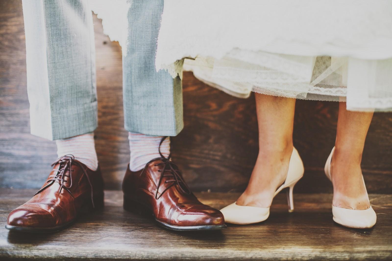 leg-groomed-shoes